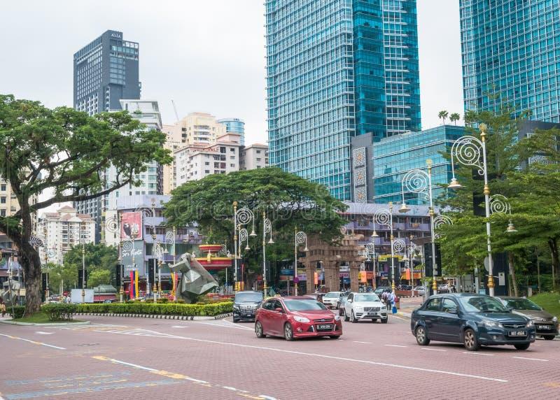 Ansicht des beschäftigten Verkehrs in den Brickfields wenig Indien in Kuala Lumpur Es drängte normalerweise sich mit Einheimische lizenzfreies stockfoto