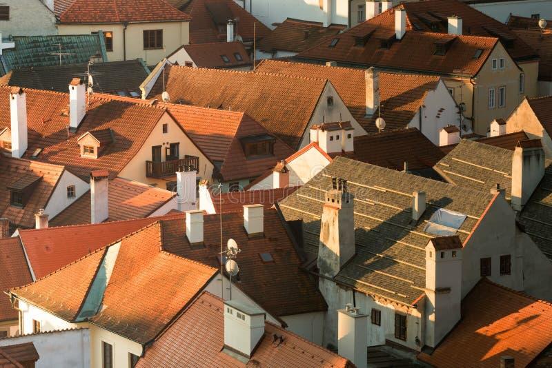 Ansicht des Dachs in Cesky Krumlov, Tschechische Republik stockfotos