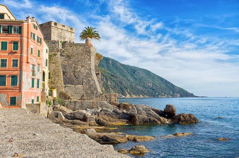 Ansicht des Dragonara-Schlosses in Camogli, Genoa Genova-Provinz, Ligurien, Italien stockfoto