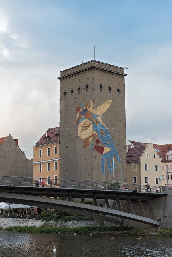 Ansicht des Dreiradenmühle bei Lusatian Neisse in Zgorzelec, Polen stockfotografie