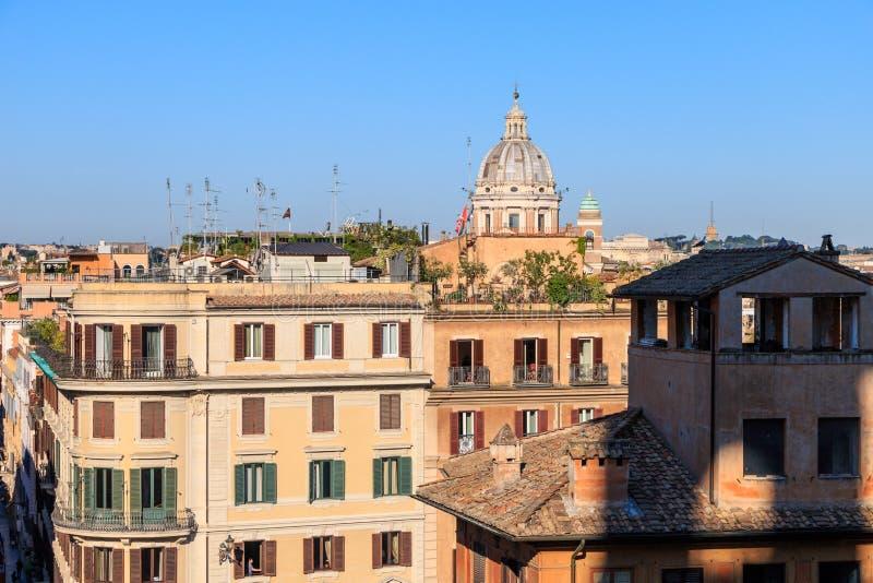 Ansicht des frühen Morgens von Rom von den spanischen Schritten lizenzfreie stockbilder