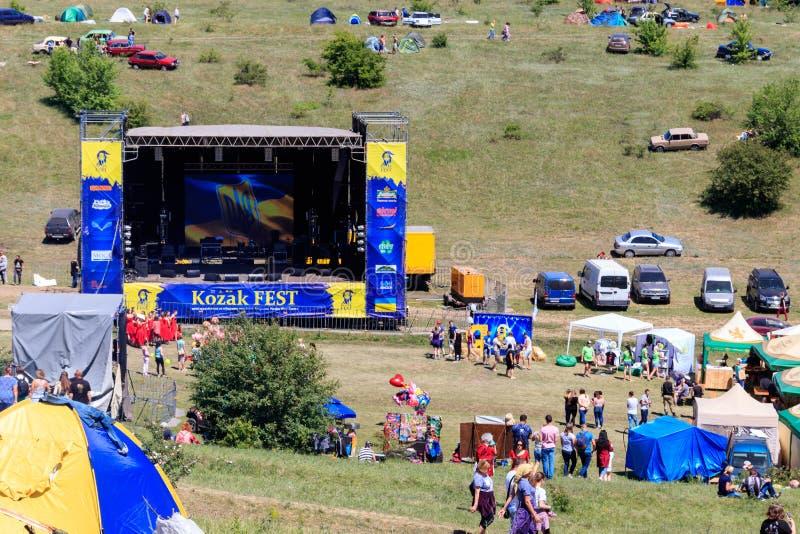 Ansicht des freien Ethnofelsenfestival Kozak-Fest im Freien stockbild