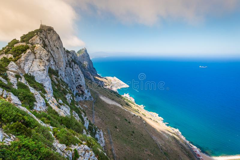 Ansicht des Gibraltar-Felsens vom oberen Felsen lizenzfreie stockfotografie