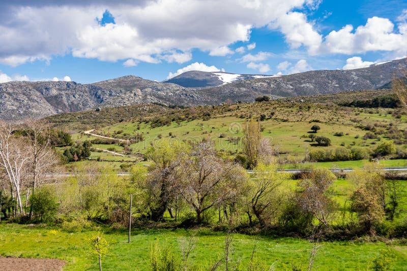 Ansicht des Hügels in Kastilien-La mancha Spanien stockbild