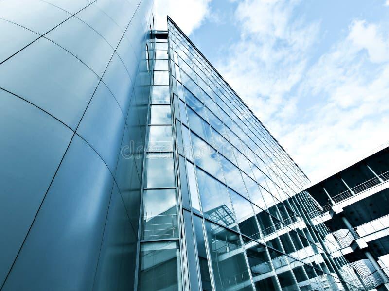 Ansicht des hohen Anstiegglasgebäudes stockbild