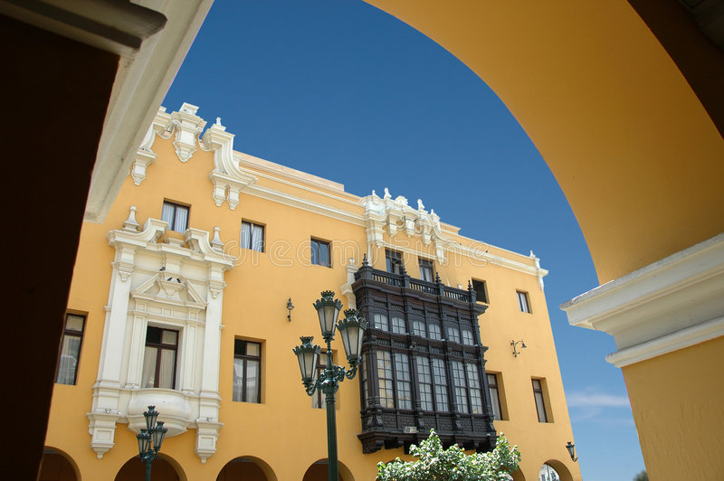 Ansicht des im Stadtzentrum gelegenen aus Lima Peru-Esprits lizenzfreie stockfotos