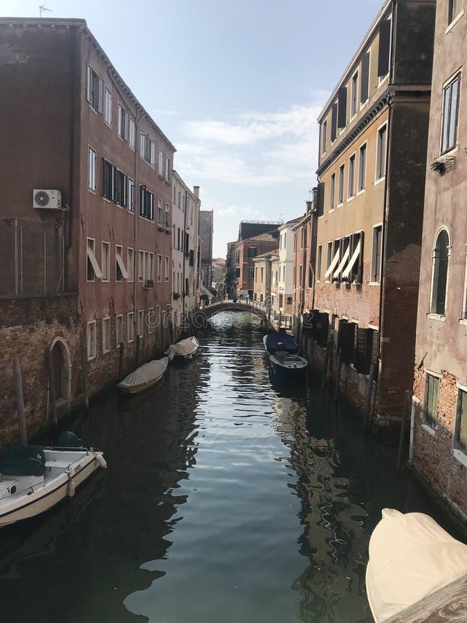 Ansicht des Kanals in Venedig stockbild