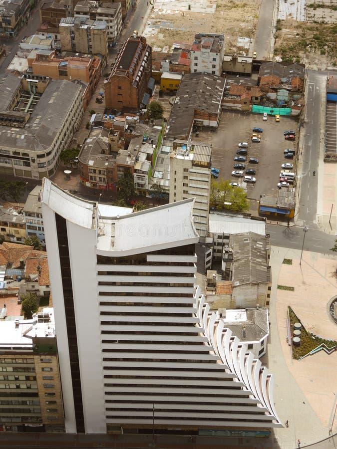 Ansicht des modernen Gebäudes lizenzfreies stockbild