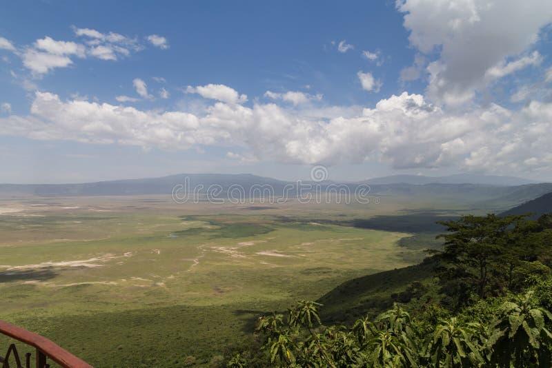 Ansicht des Ngorongoro-Kraters stockfotos
