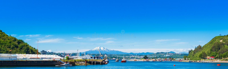 Ansicht des Osorno-Vulkans, Puerto Montt, Chile Kopieren Sie Raum für Text stockbilder