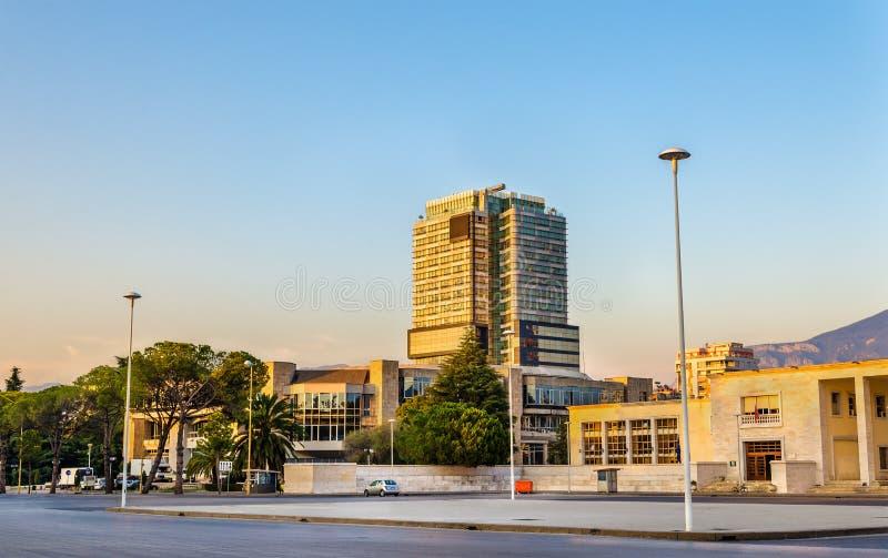 Ansicht des Palastes der Kongresse in Tirana lizenzfreies stockfoto