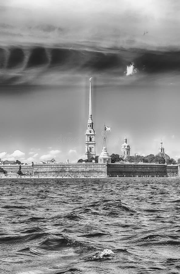 Ansicht des Peter und des Paul Fortresss, St Petersburg, Russland stockbilder