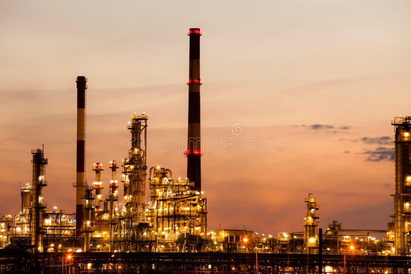 Ansicht des Raffineriepetrochemischen werks in Gdansk, Polen lizenzfreies stockbild
