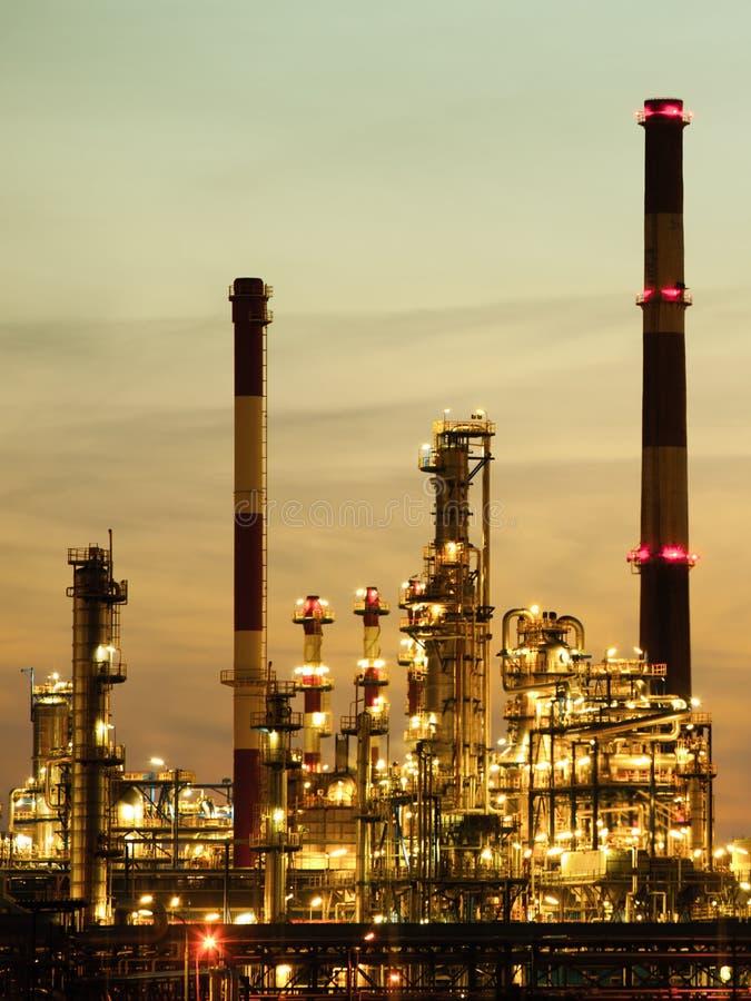 Ansicht des Raffineriepetrochemischen werks in Gdansk, Polen lizenzfreies stockfoto