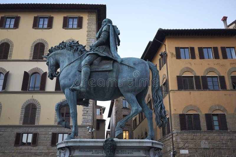 Ansicht des Reitermonuments von Cosimo I lizenzfreie stockfotografie