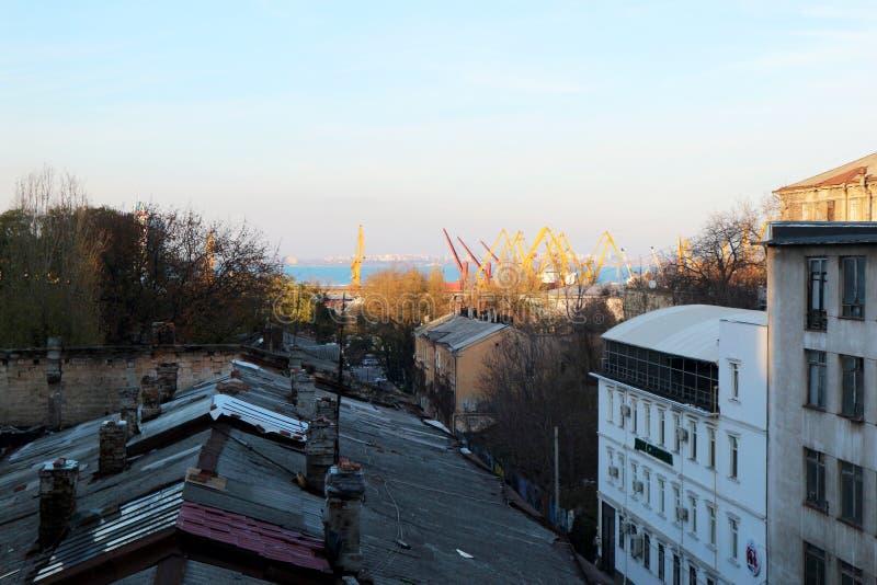 Ansicht des Seehafens der Stadt von Odessa lizenzfreies stockfoto