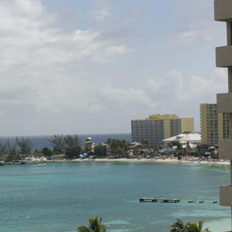Ansicht des Strandes lizenzfreie stockbilder