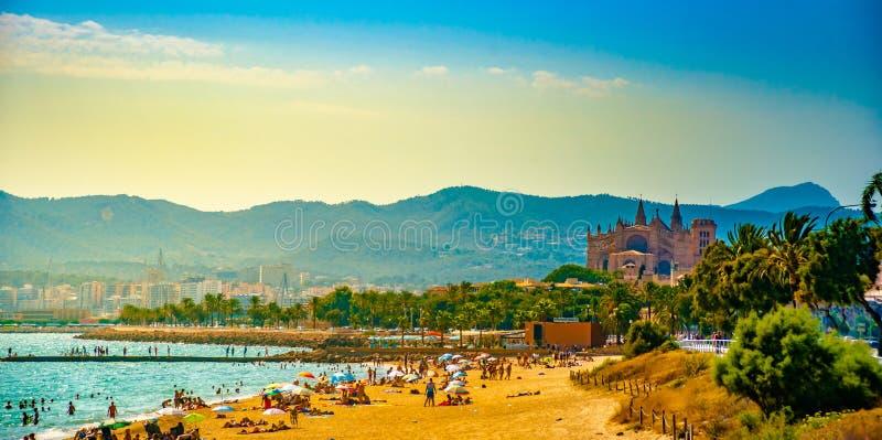 Ansicht des Strandes von Palma de Mallorca lizenzfreie stockfotografie