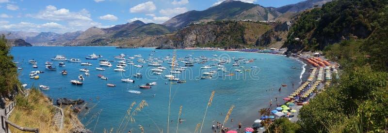 Ansicht des Strandes von San Nicola Arcella, in Kalabrien stockfoto