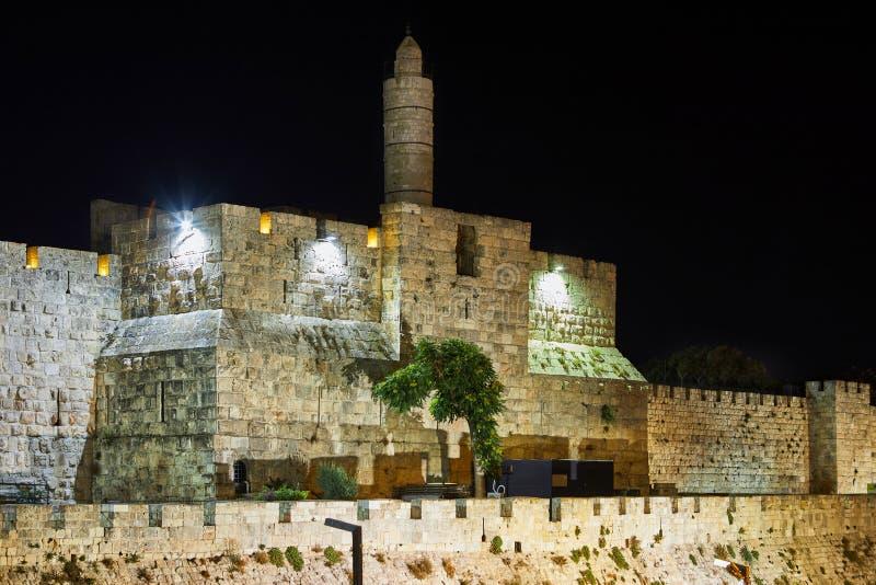 Ansicht des Turms Königs David s in alter Jerusalem-Stadt nachts lizenzfreie stockfotos
