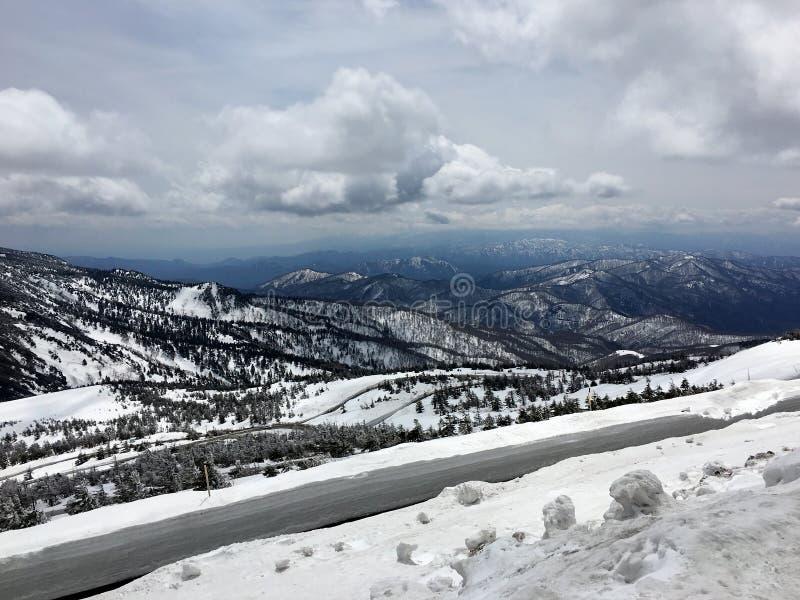 Ansicht des Zao-Berges auf der Insel von Honshu stockfotografie