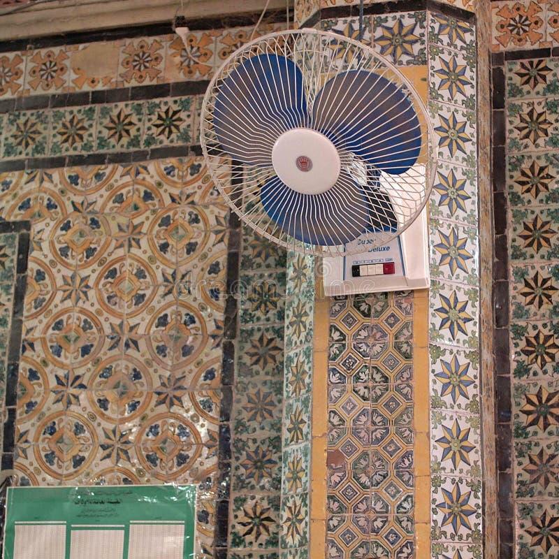 Ansicht eines Moscheeninnenraums stockbilder
