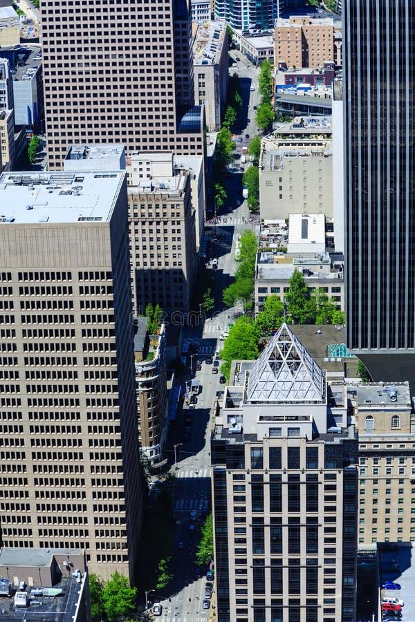 Download Ansicht Herauf Vierte Allee In Seattle Stockbild - Bild von höhe, architektur: 106803925