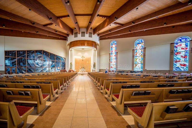 Ansicht innerhalb einer Kirche stockfotos