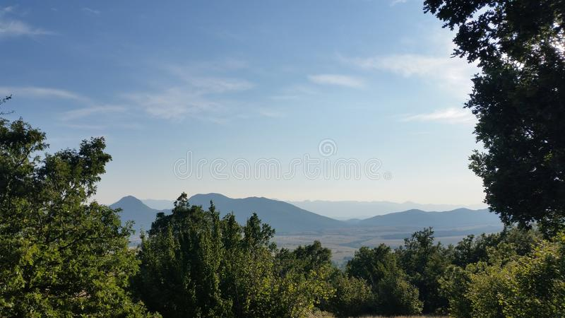 Ansicht Kroatiens Udbina- über velebit stockbilder