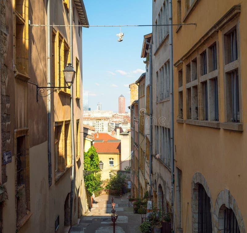 Ansicht am La-Teil Dieu Lyon von einem Bezaubern, schmale Gasse in Vieux Lyon lizenzfreies stockbild