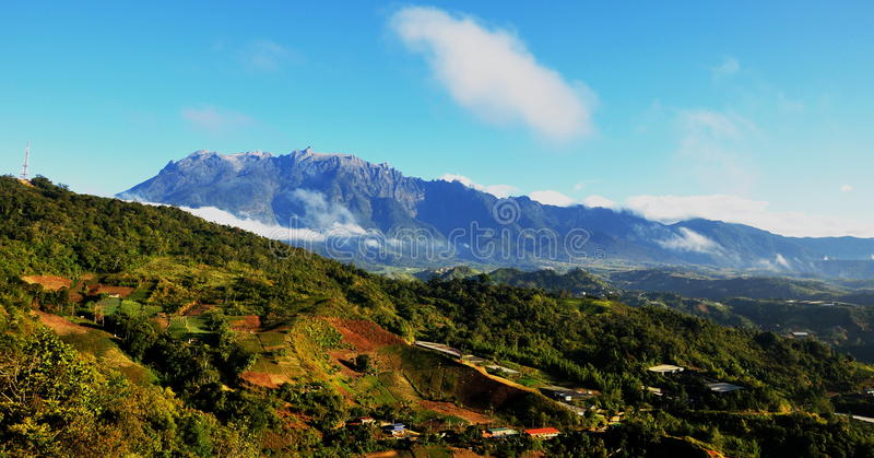Ansicht Mt.-Kinabalu vom kundasang stockbilder