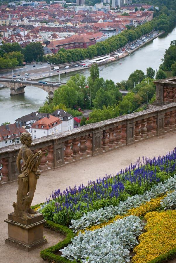 Ansicht nach Würzburg vom Marienberg-Festungs-Schloss, Würzburg, Bayern, Deutschland stockbilder