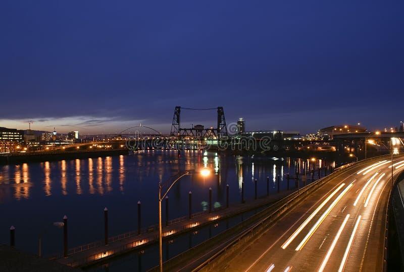 Ansicht Portland-, Oregon der Stahlbrücke stockbild