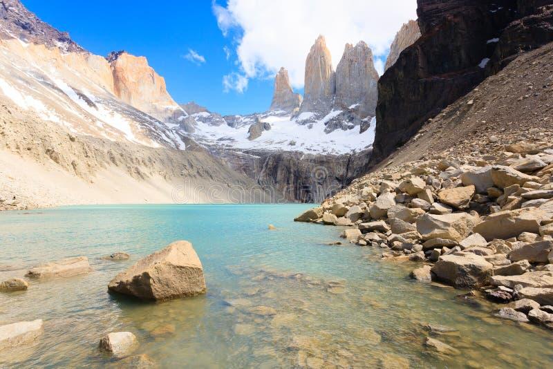 Ansicht Torres Del Paine, niedriger Standpunkt Las Torres, Chile stockfotografie