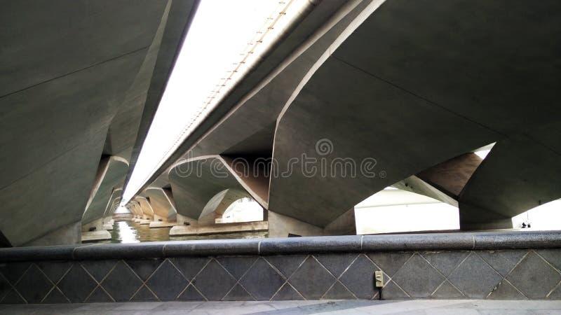 Ansicht unter Esplanadebrücke, Singapur stockfotos