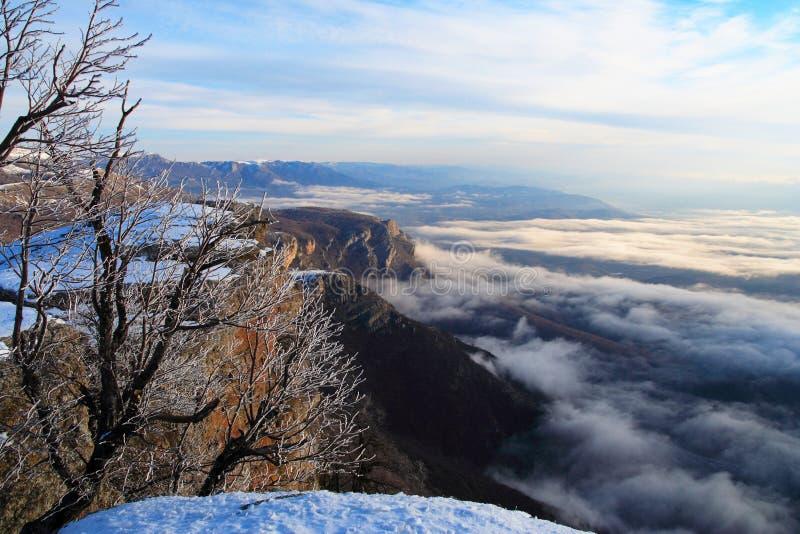 Ansicht vom Berg Demerzhdy, Krim, Ukraine stockfotos