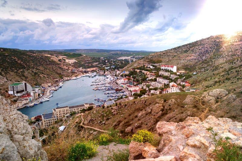 Ansicht vom Berg zur Balaklava-Bucht, Krim Ukraine stockfotos