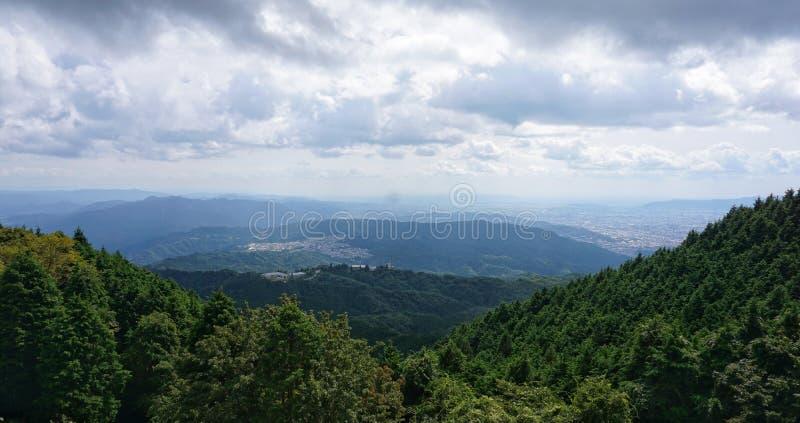 Ansicht vom Biwa-See vom Berg Hiei lizenzfreies stockbild