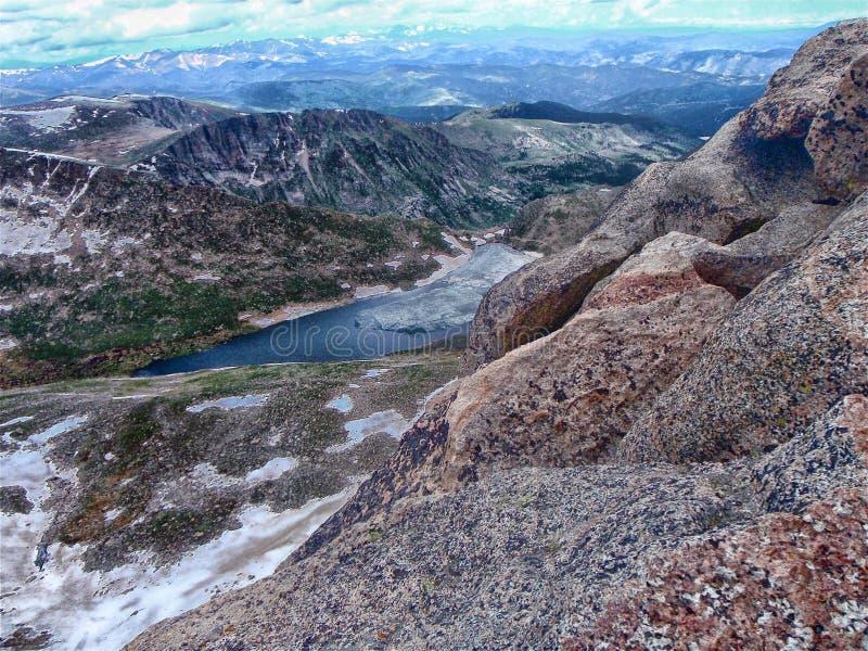 Ansicht vom Gipfel des Bergs Evans lizenzfreies stockbild