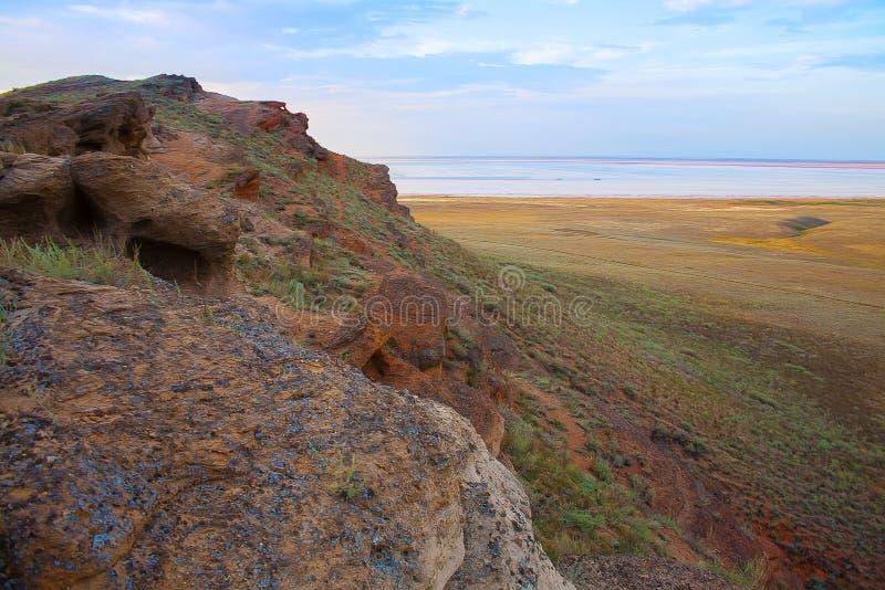 Ansicht vom großen Bogdo Berg stockfotos