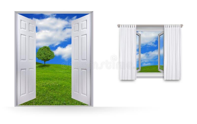 Ansicht vom Haus von Grünfeldern und -himmel stock abbildung