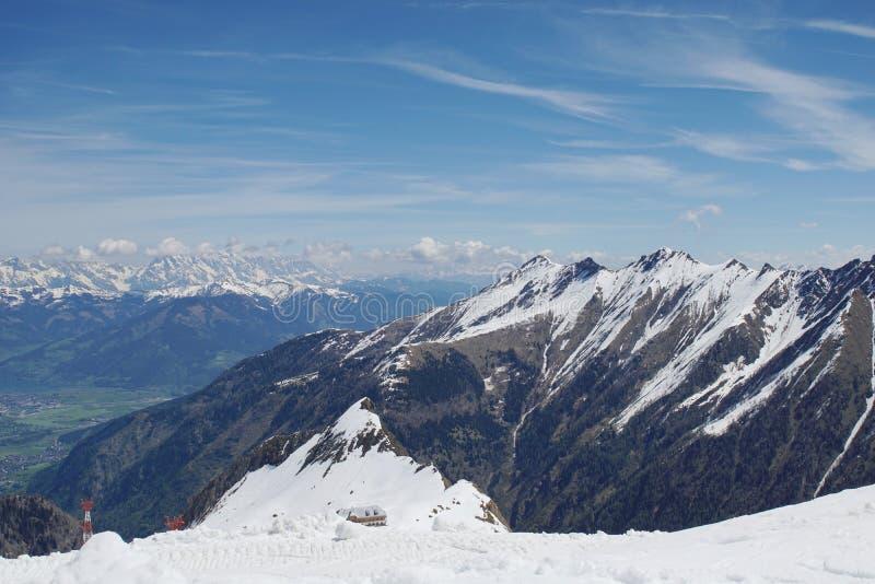 Ansicht vom Kitzsteinhorn zum Zeller sehen und die Berge Hohe Tauern stockbilder
