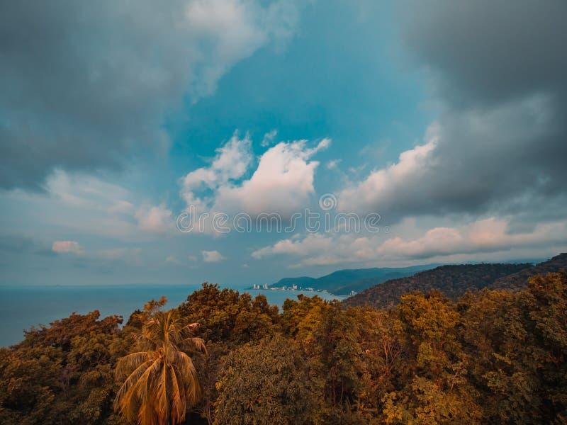 Ansicht vom Leuchtturm von Penang-Insel lizenzfreie stockfotos