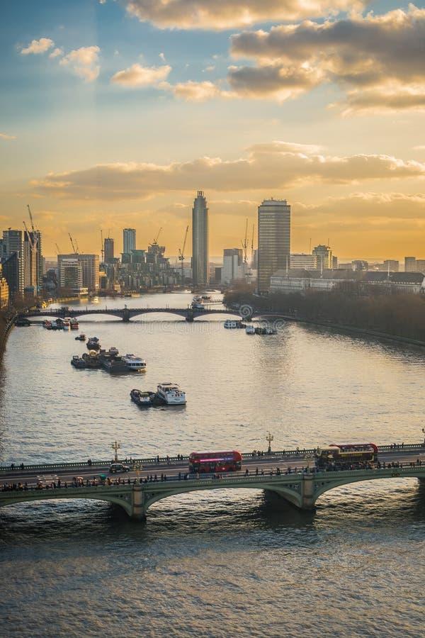 Ansicht vom London-Auge stockbild
