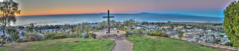 Ansicht vom Pier zu Ventura Avenue lizenzfreies stockbild
