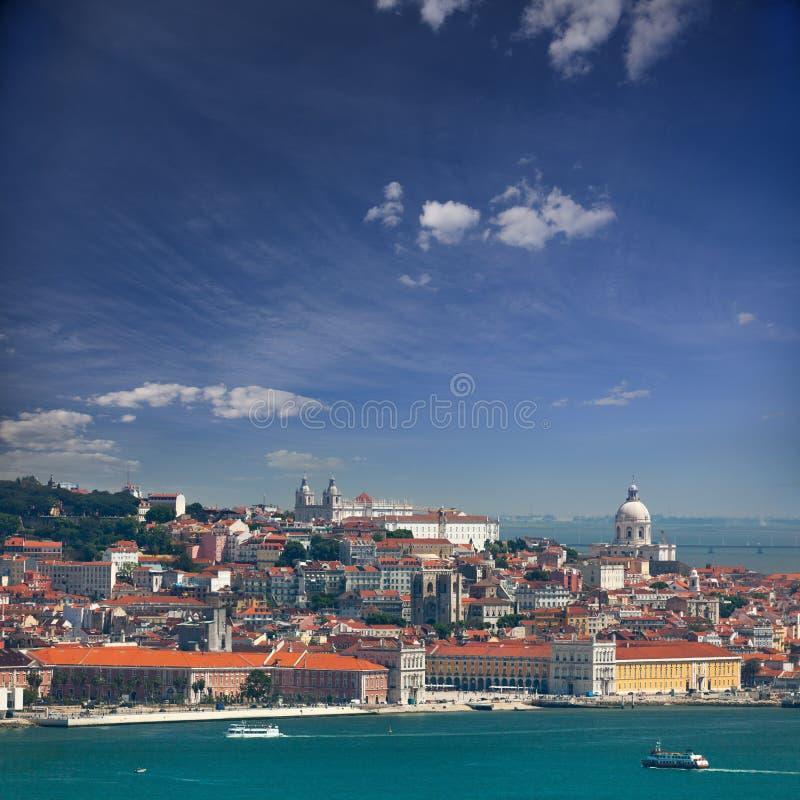 Ansicht von Alfama und Graca, Stadtbild von Lissabon, Portugal, Europa stockfotografie