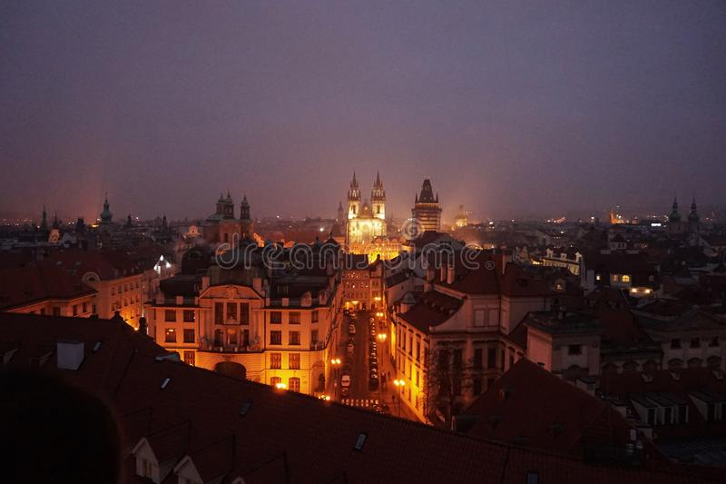 Ansicht von altem Prag von klementinum Turm lizenzfreie stockbilder