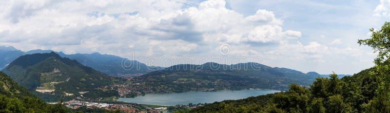 Ansicht von Annone See stockbild