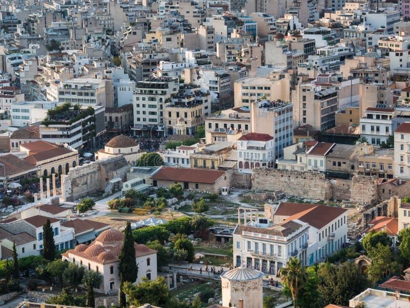 Ansicht von Athen, von Griechenland und von römischem Agora mit Turm der Wind- und Fethiye-Moschee in der Mitte bei Sonnenunterga lizenzfreies stockbild