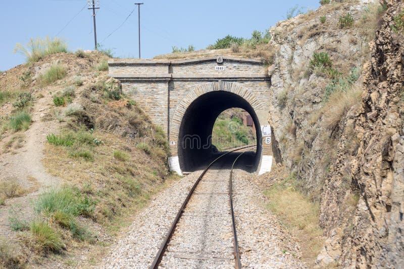 Ansicht von Bahnlinie keine Brücke Pakistans: 6 vom swabi im Jahre 1882 gemacht stockfoto